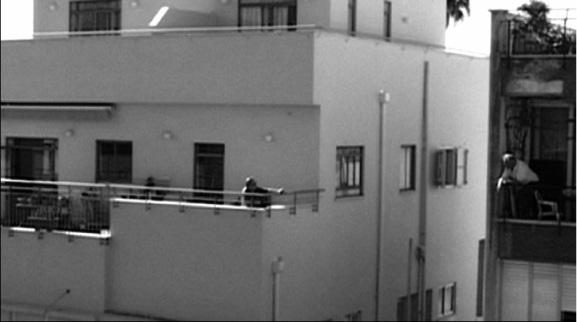 O cenário-personagem de Chatal Akerman: um prédio de Tel-Aviv