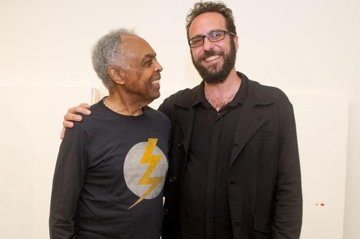 """André Saddy com Gilberto Gil no lançamento do programa """"Amigos, Sons e Palavras"""""""